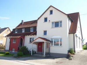 Neu im Verkauf: 3-Familienhaus in 73499 Wört / Ostalbkreis