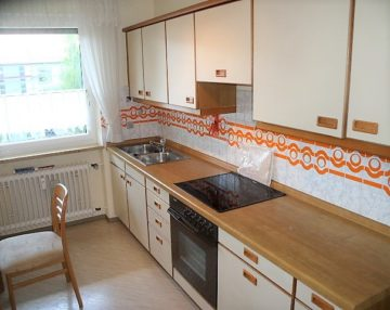 Schöne große 3-Zimmer-Wohnung mit Südbalkon in ruhiger Lage, 91560 Heilsbronn, Etagenwohnung