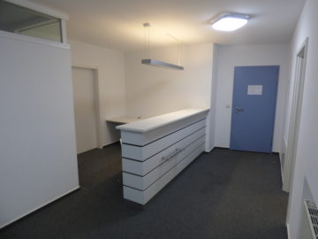 Helle, barrierefreie Büro- Praxis- Kanzleiräume – ab sofort frei, 91550 Dinkelsbühl, Bürofläche