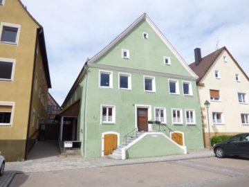 Wohn- und Geschäftshaus unter Denkmalschutz – direkt am Marktplatz, 91744 Weiltingen, Haus
